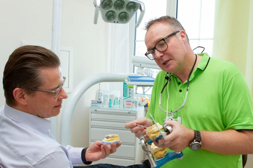 Bild:Dr. Matthias Herter - Beratung Zahnersatz